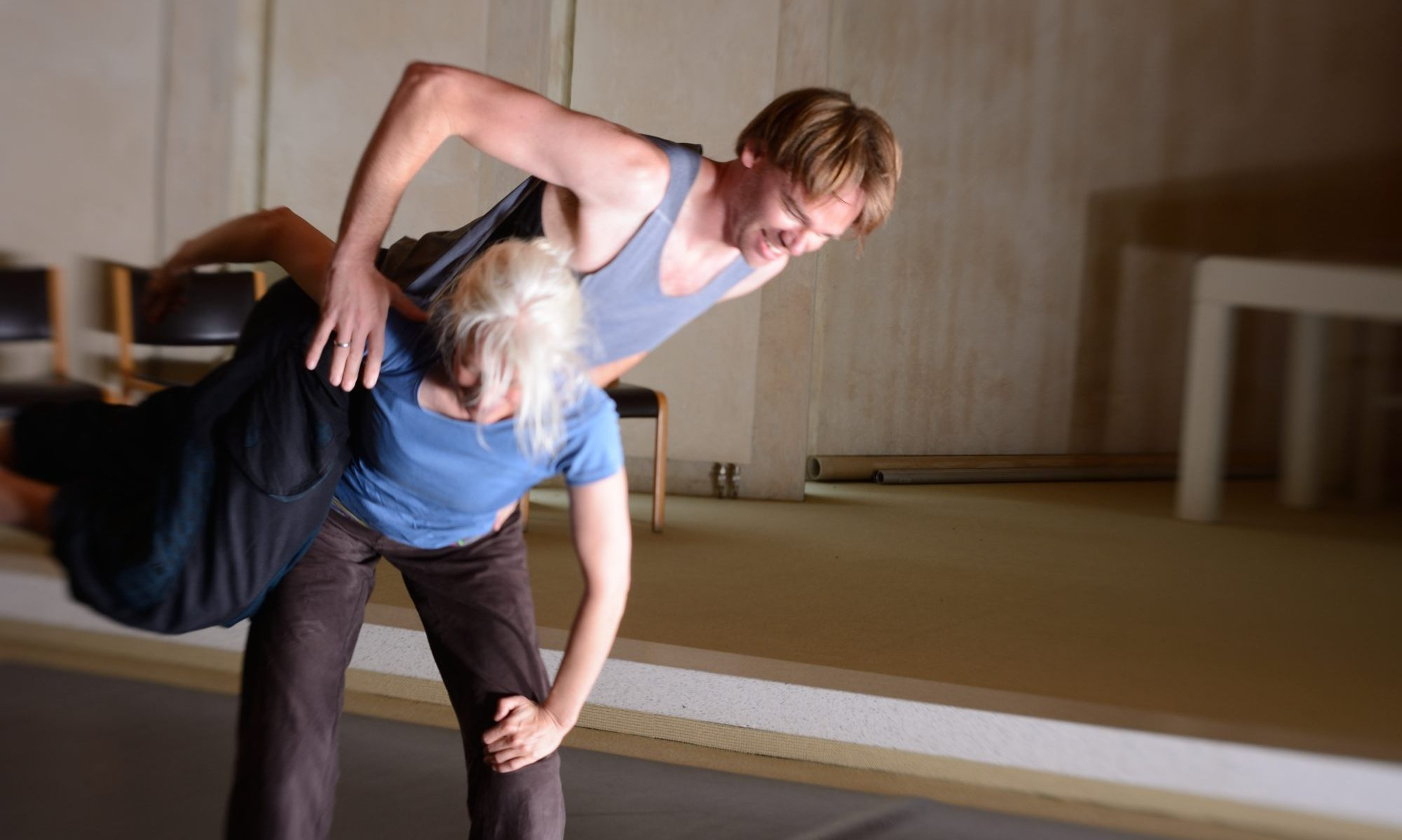 Contact Improvisation Bielefeld